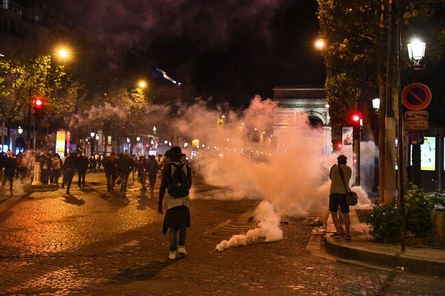 Paris : 148 interpellés, les casseurs salissent la capitale