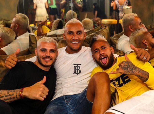 PSG : Neymar à Ibiza, Leonardo évite le clash