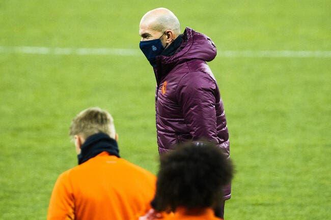 Esp : Zidane promet de ne pas rester 26 ans au Real Madrid !