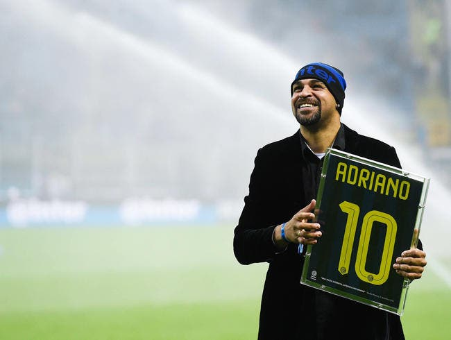 Réveillon : Adriano fait passer Neymar pour un petit joueur