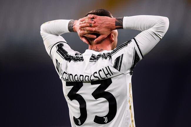OL : Bernardeschi poussé dehors, Lyon débarque