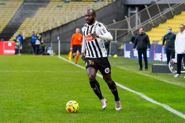 SCO : Bahoken fait une grosse touche en Premier League