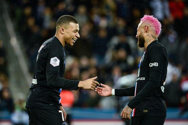 PSG : Pierre Ménès ironise puissance 1000 sur Neymar et Mbappé