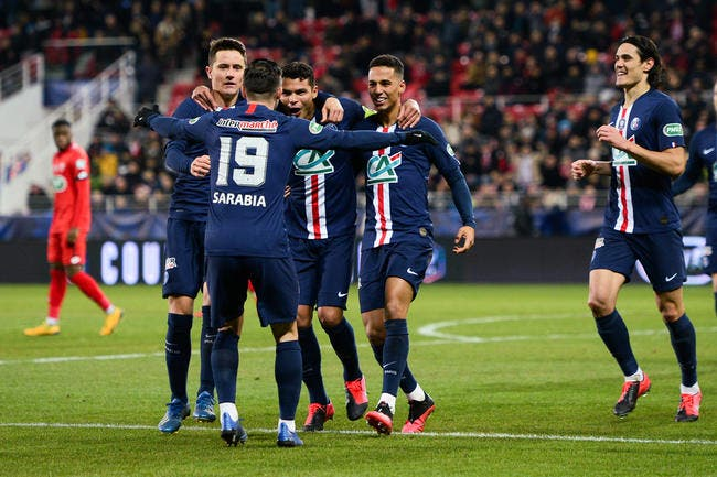 PSG : L'attaque cartonne, ça ne veut rien dire pour Pierre Ménès