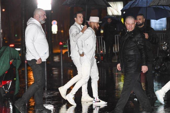 PSG : Révélations sur les soirées de Neymar, les sacrés extras