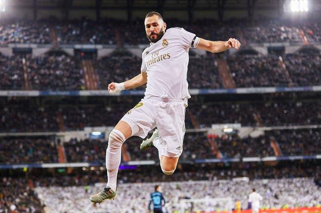 Esp : Benzema revient à ses premiers amours pour rester au Real Madrid