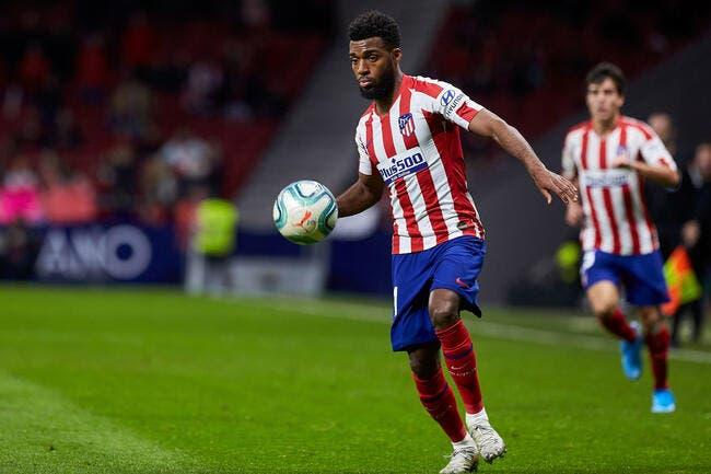Leonardo repousse l'offre de l'Atlético Madrid — Cavani