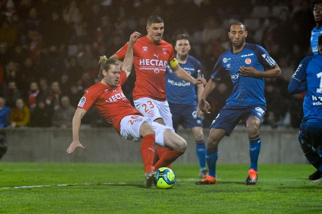 Nîmes - Reims : 2-0