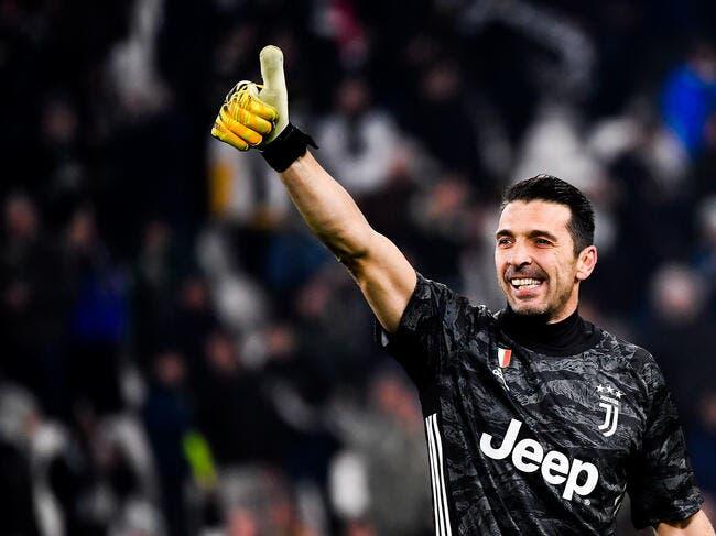 Ita : Gianluigi Buffon dépasse Maldini et Totti dans la légende !