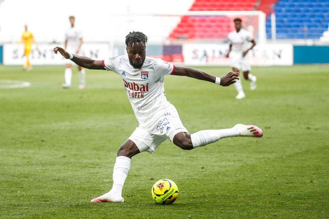 OL : Cornet prêt à signer un CDI en défense à Lyon