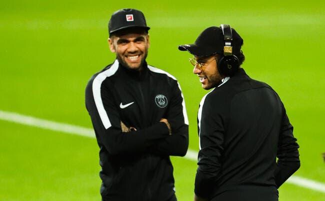 PSG : Neymar ? Daniel Alves le jure, il n'a jamais aidé Paris