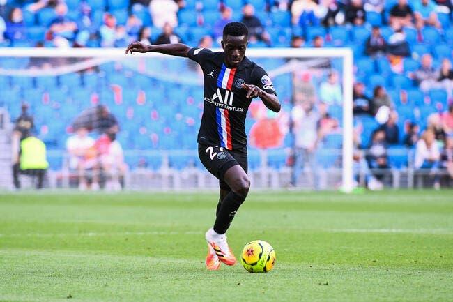 PSG : Gueye largué par Leonardo, Manchester United déboule