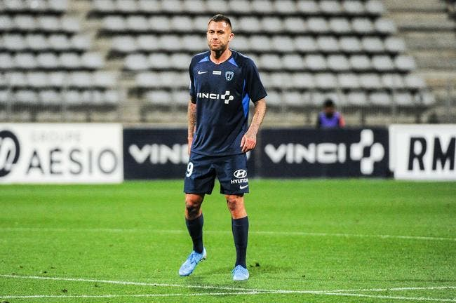 Le message d'adieu de Ménez — Paris FC