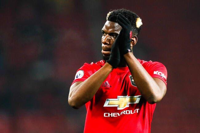 Paul Pogba raccompagné par la police — Manchester United