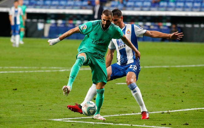 Liga : Le génie de Benzema, et le Real garde la tête