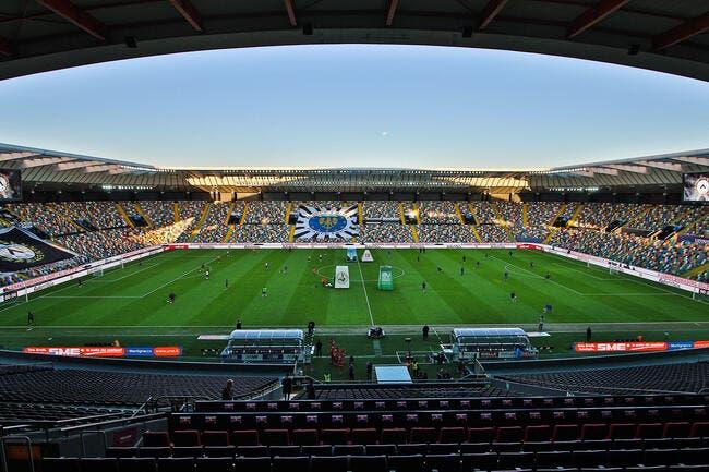 Serie A : Des cas positifs, des tests en manique, panique en Italie