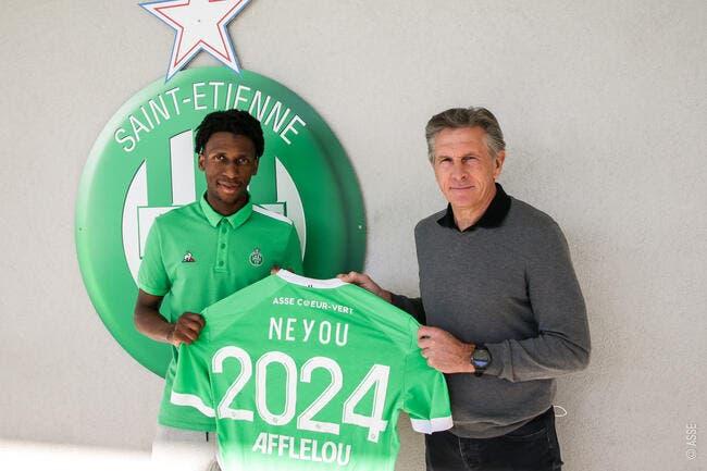 Yvan Neyou signe à Saint-Etienne jusqu'en 2024 — ASSE