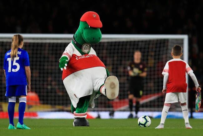 Arsenal : Özil évite l'extinction du dinosaure