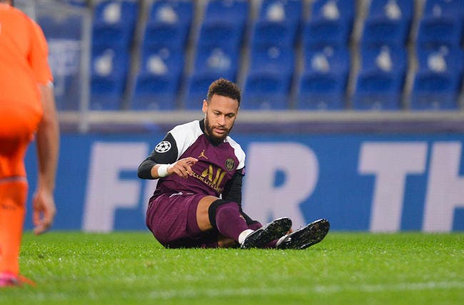 PSG : Neymar à l'infirmerie jusqu'à la trêve !