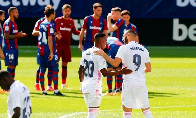 Madrid : Fin de la polémique, Benzema applaudit Vinicius
