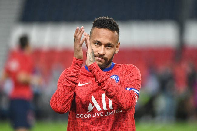 PSG : Simulateur et minable, Neymar décapité par Riolo !