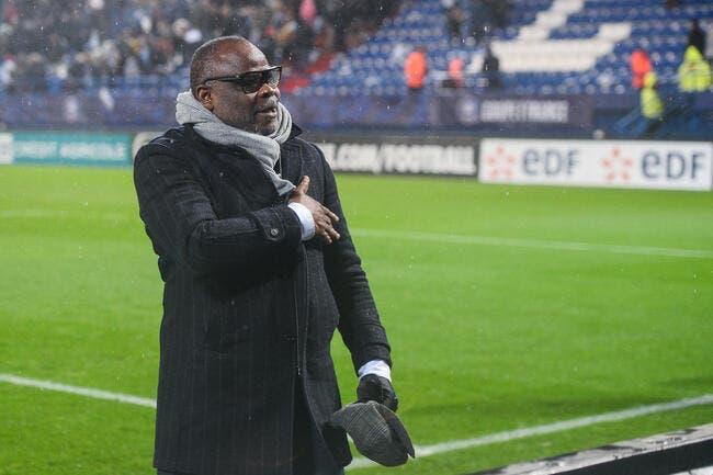 Racisme dans le football : Basile Boli met Le Graët au défi