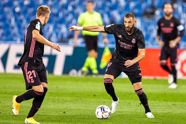 Esp : Karim Benzema chouchou de Zidane, ça critique déjà