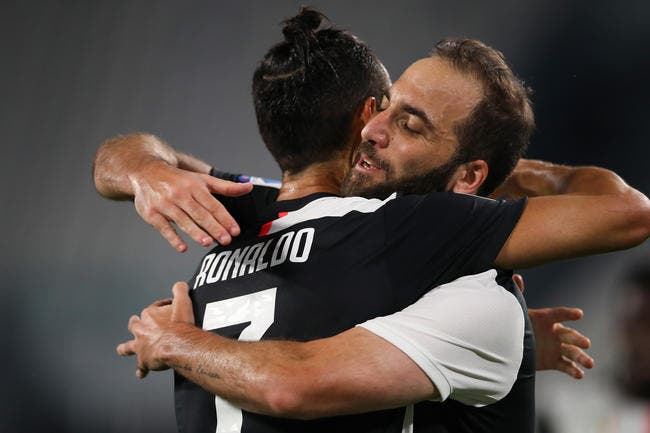Foot : Au service de Cristiano Ronaldo et Messi, Higuain a adoré