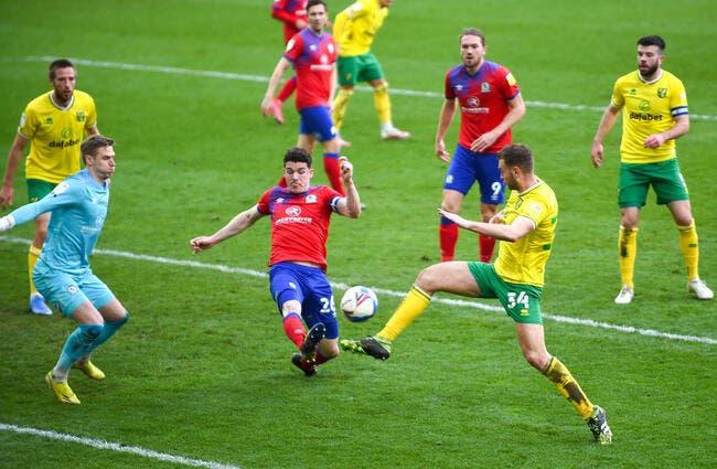 Ang : Norwich remonte en Premier League