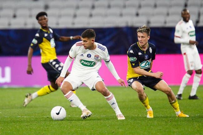 OL : Rothen défend Stéphanie Frappart face aux Lyonnais