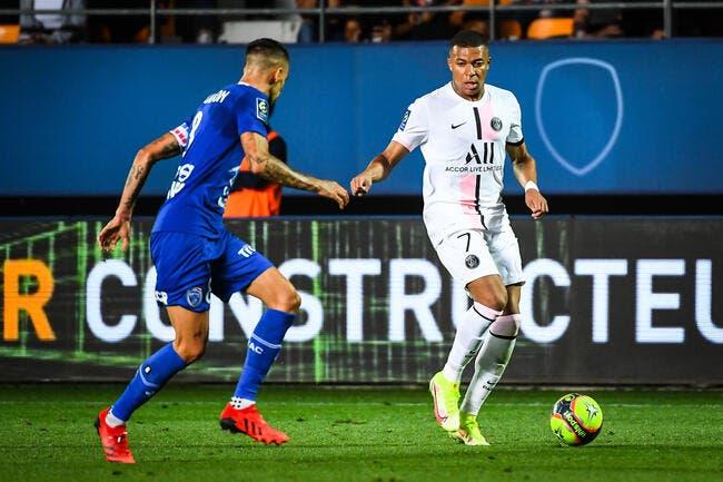 Le PSG gagne à Troyes, le Messie c'est Navas