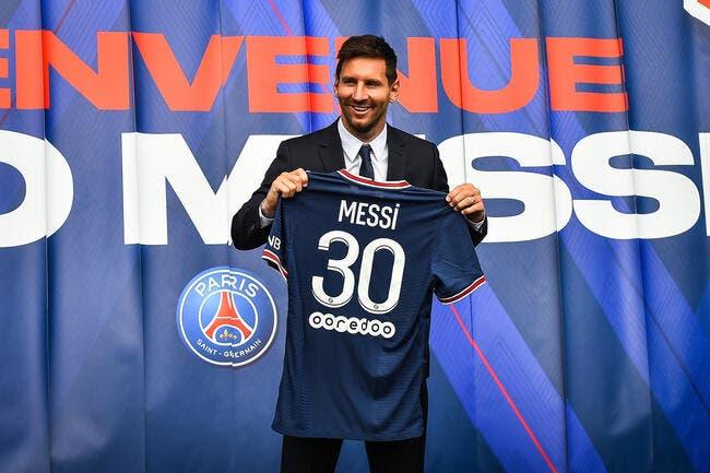 PSG : Messi au Parc des Princes, des milliers de supporters en folie !