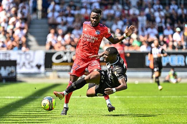 OL : Lyon accepte une offre de 17 ME, Cornet sous pression