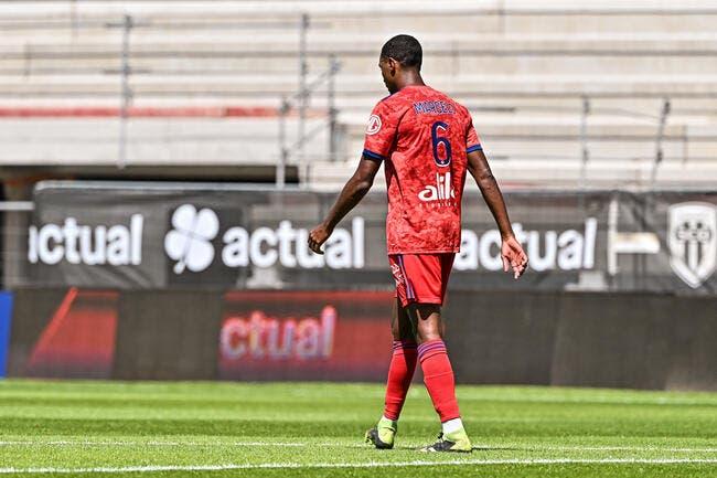 OL : Deux surprises en défense à Lyon