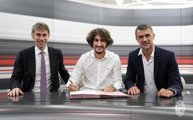 Mercato : Adli signe à l'AC Milan et reste en prêt à Bordeaux