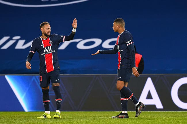 PSG : Mbappé et Neymar restent, Pochettino l'assure