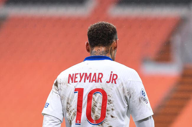 PSG : Neymar garde ses 30ME par an, vive la crise