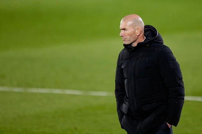 Real Madrid : Raul et Allegri en bagarre pour la place de Zidane