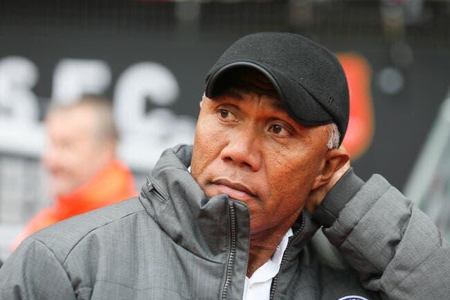 Officiel : Kombouaré remplace Domenech au FC Nantes