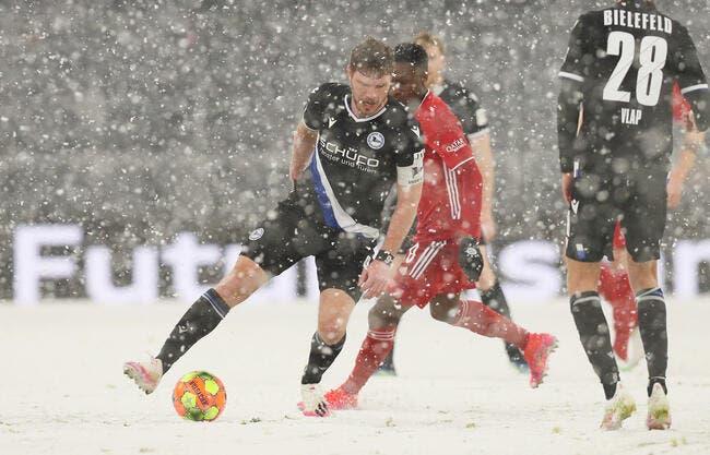 All : Le Bayern Munich tenu en échec sous la neige