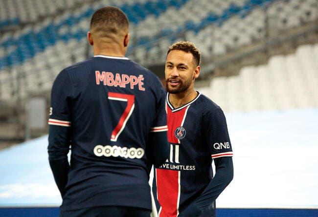 PSG : Quand Neymar célèbre les buts de Mbappé