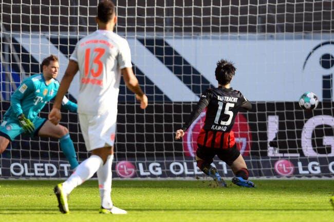 All : Le Bayern Munich tombe à Francfort
