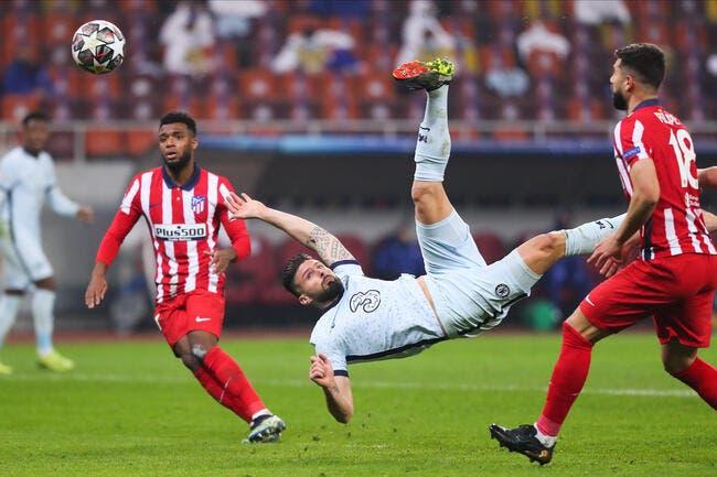 Giroud met dans l'ombre Benzema, Twitter déraille