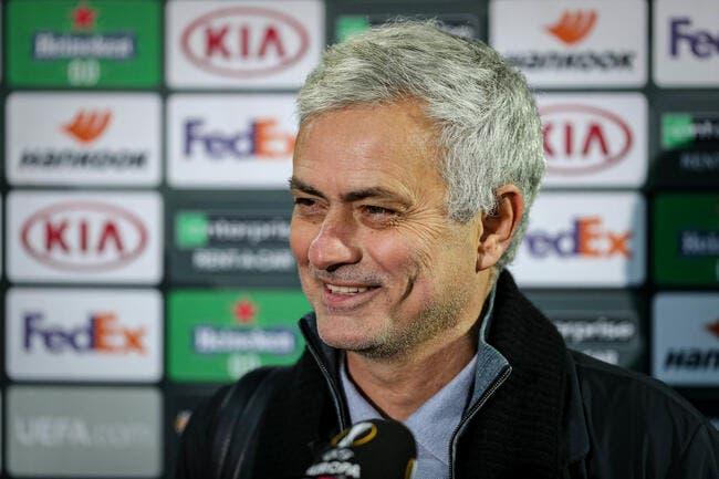 Ang : Mourinho se moque du Dieu Bielsa