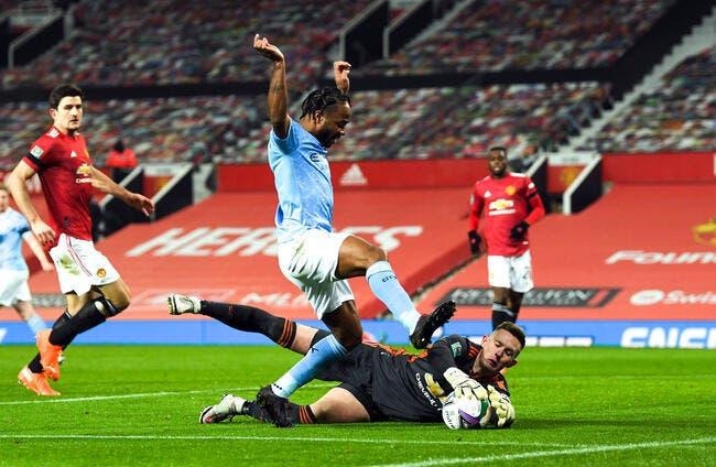 Ang : Man City sort Man Utd et va en finale