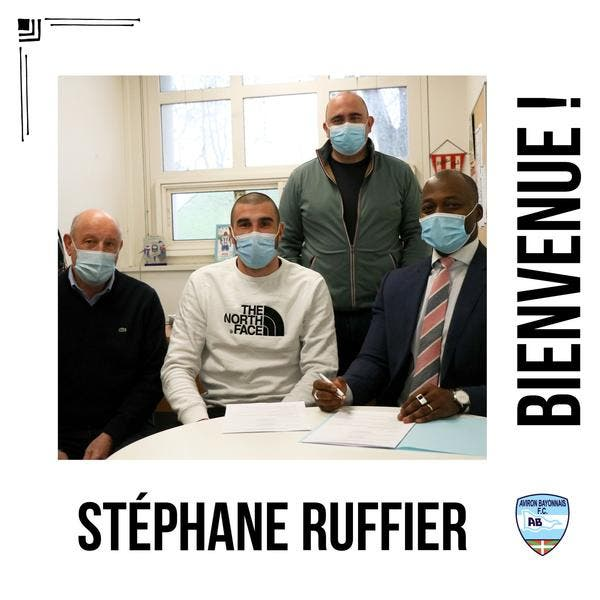 ASSE : Après Sainté, Stéphane Ruffier a déjà trouvé du boulot