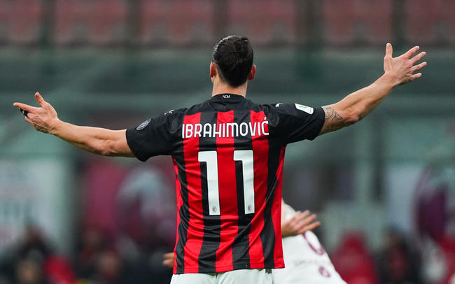 Ita : Zlatan au top à 39 ans, Ronaldo (le vrai) est admiratif