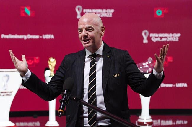 La FIFA s'énerve et menace les joueurs — La Ligue fermée