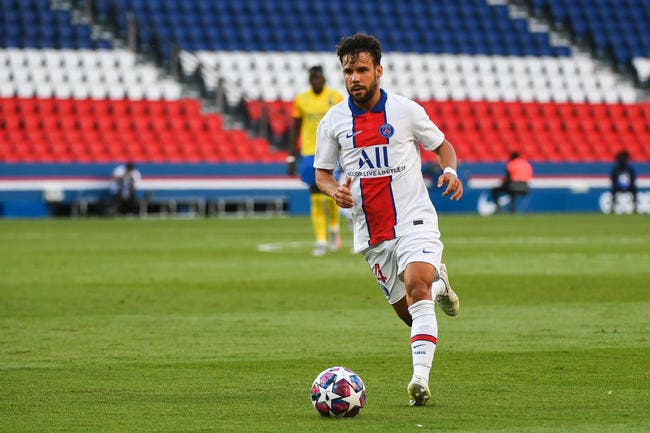 PSG: Avec ce gros contrat, Bernat va mettre Leonardo sous pression