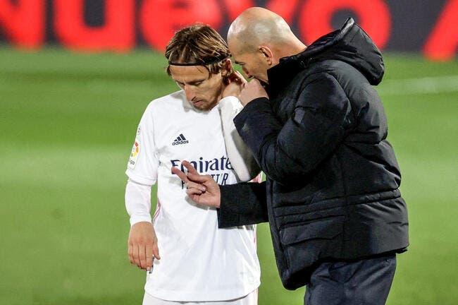 Real Madrid : Zidane viré, 70% du vestiaire vote oui !